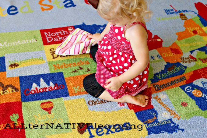 Use a large floor map to learn about the Earth | ALLterNATIVElearning