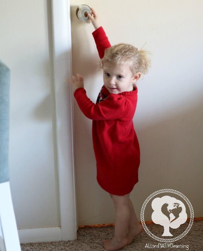 Door grips for toddlers
