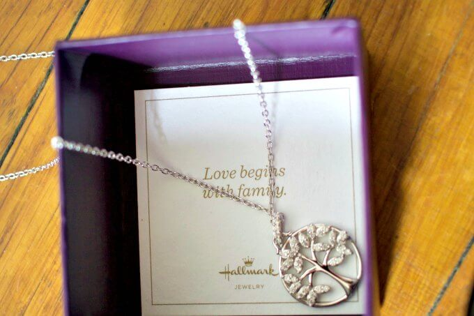 Family Tree of Life Necklace gift for moms and grandmothers