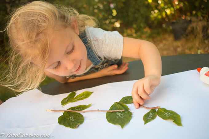 Building the family tree – explorative learning activity with natural materials