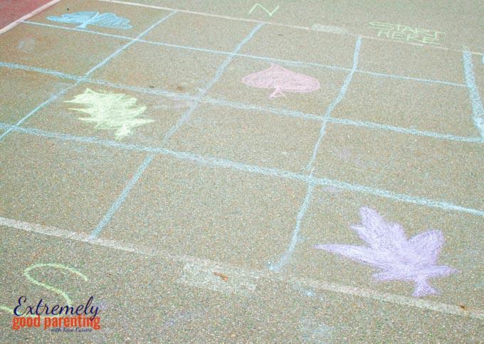 gross-motor-north-south-east-west-game-preschool-kindergarten