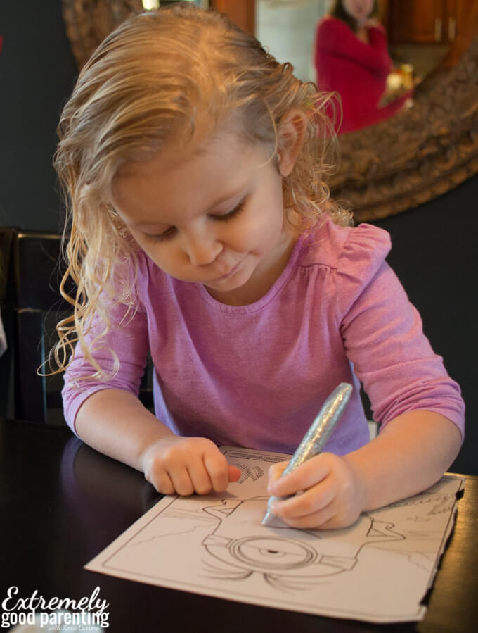Sending grandparenting pictures in the mail as pen pals