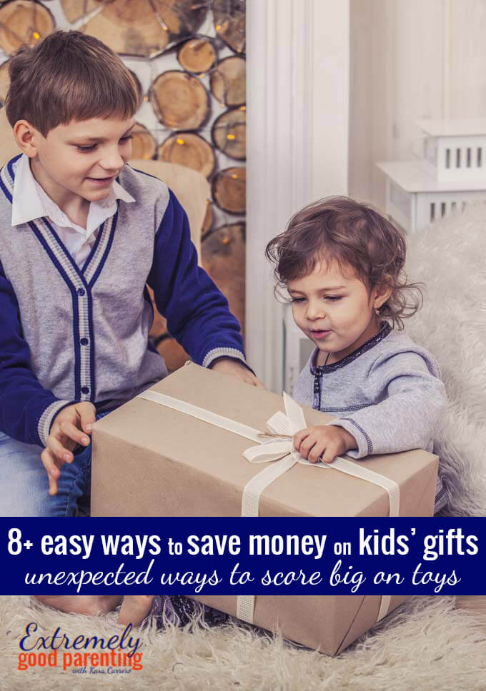 How to save money on toys and other kids gifts without all the hassle. 8+ great ideas for family gifts at Christmas and birthdays.