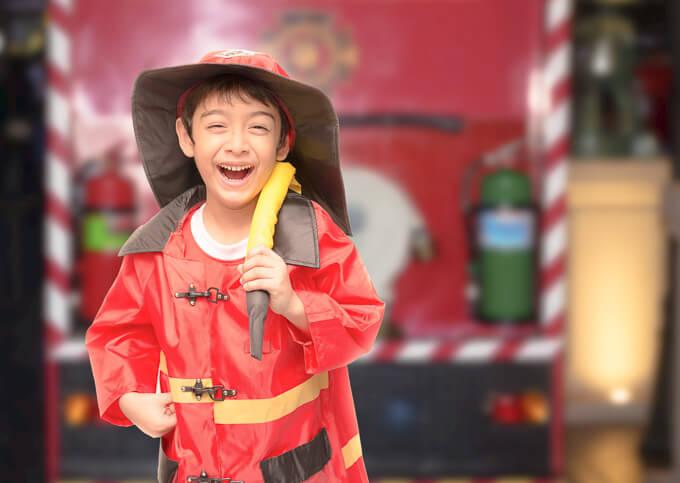 4 ways to foster vivid imagination & curiosity in your children