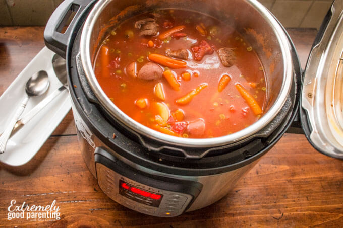 pressure-cooker-vegetable-beef-stew-soup-2