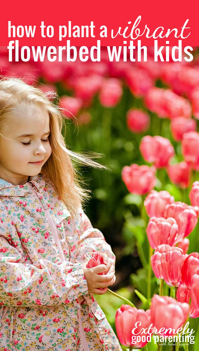 How to plant a vibrant flower bed with your children #gardening #flowers #gardeningwithkids #parenting